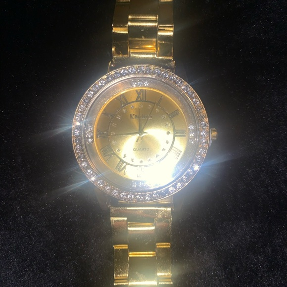 Fake Gold Watch (Costume Jewelry)